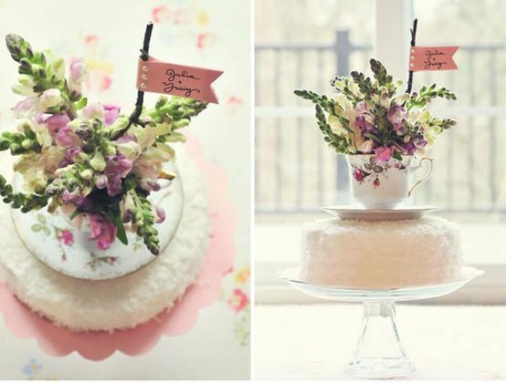 tea cup cake topper via Weddbook