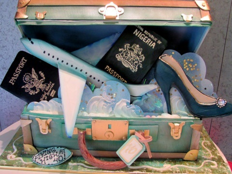 suitcase wedding cake from Rosebud Cakes