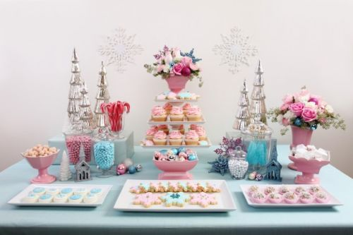 snowflake sweet table wedding dessert table via Pinterest