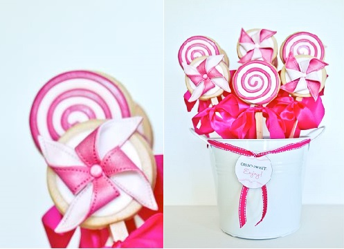 Pinwheel cookie pops and swirl lollipop cookies by Cakes and Biscuits by Lisa, Australia