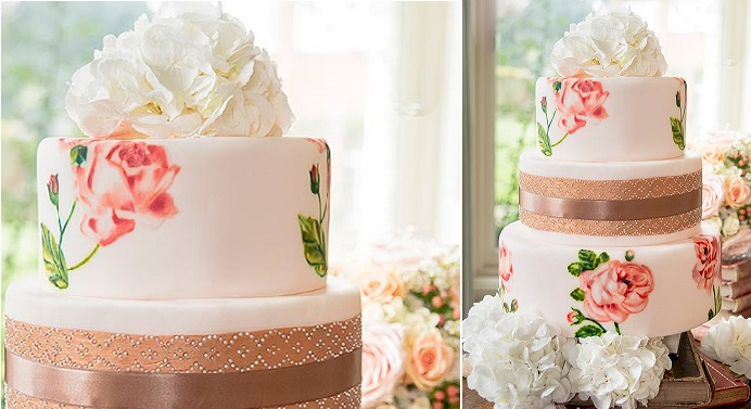 hand painted wedding cake peach roses and vintage lace by Murray Me Cakes, image Aphrodite Net Photography