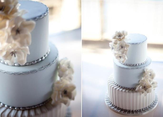 blue wedding cake by Luisa Galuppo, Analie Young Photography