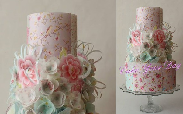 wafer paper flowers cake vintage style by Cake Your Day