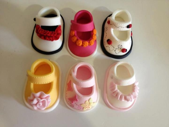 Baby shoe templates from Shereen's Cakes & Bakes