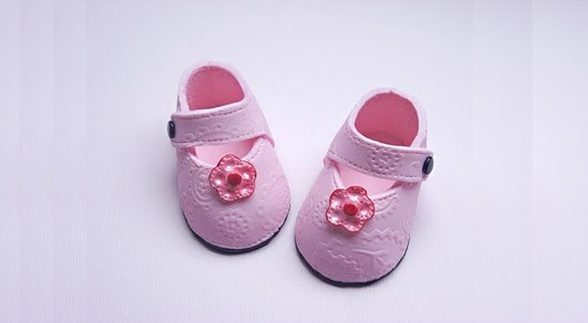 Truly custom cakery where you ll also find this baby shoe template