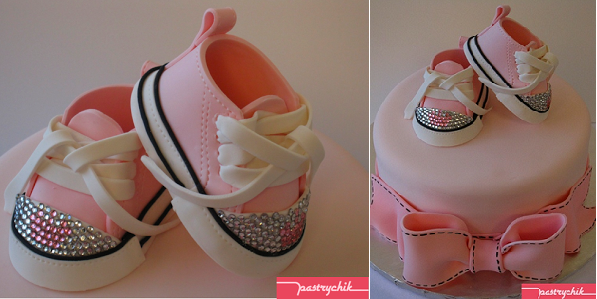 bling baby converse cake by Pastrychik