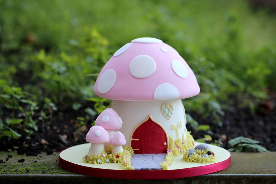 toadstool cake from Fairy Cake, London