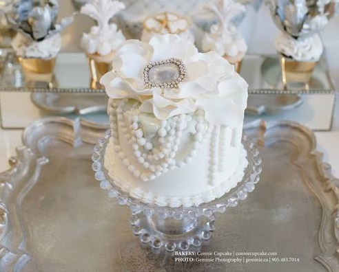 vintage jewellery wedding cake by Connie Cupcake Luxury Cakes, Geminie Photography