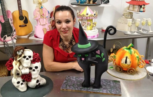 halloween cat cake by Verusca Walker