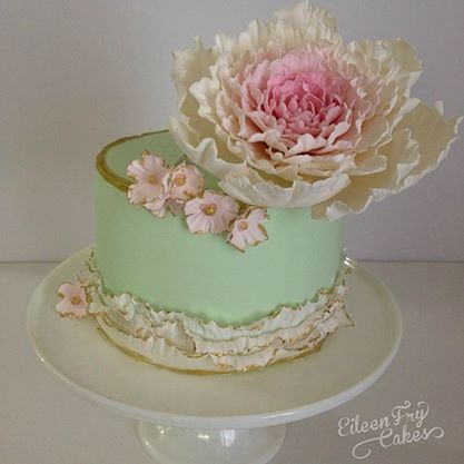 gold tipped fondant frills cake by Eileen Fry Cakes