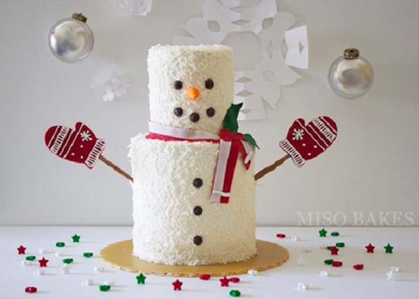 snowman cake by Miso Bakes via The Cake Blog