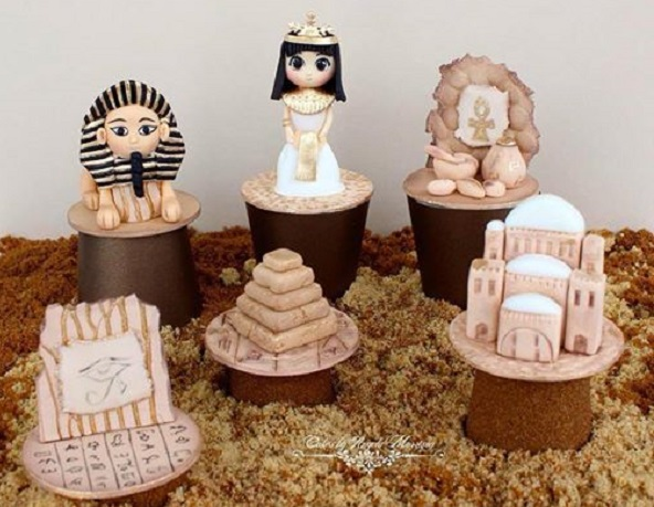 Cairo, Egypt cupcakes by Cakes by Angela Morrison