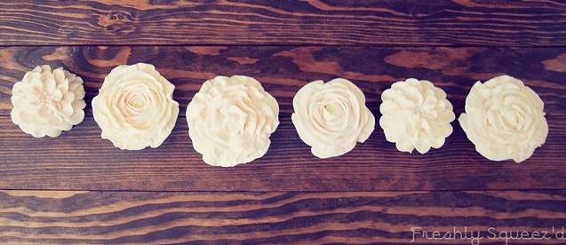 buttercream flower cupcakes dahlia cupcakes and buttercream rose cupcakes by Freshly Squeez'd