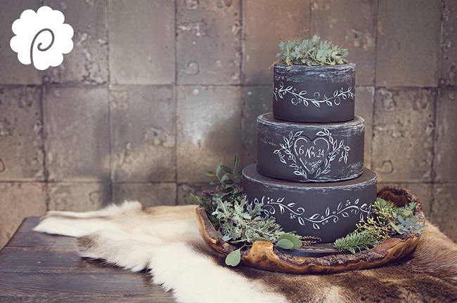 chalkboard cake by Poppy Pickering