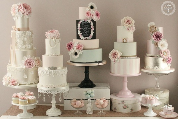 chalkboard wedding cake by Cotton & Crumbs