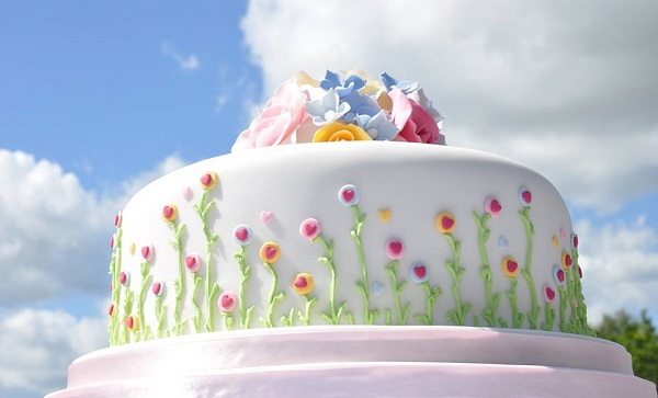 garden party cake by Mrs. Robinson's Cakes
