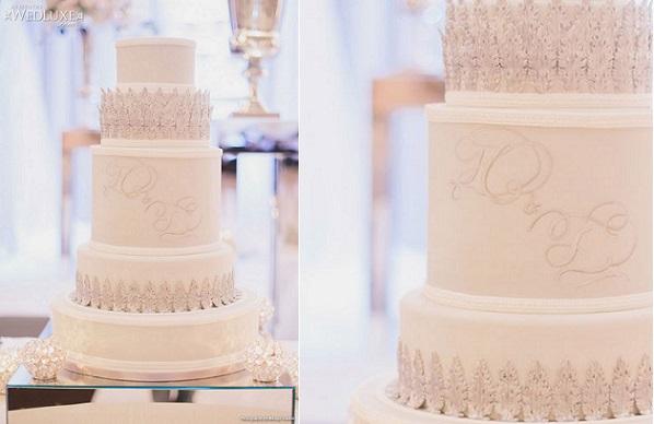 New Year's Eve wedding cake by The Cake Opera Company, image by Mango Studios