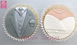 bride and groom cupcake molds