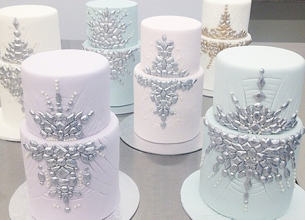jewelled winter wedding cake class withThe Caketress at Bonnie Gordon School of Confectionary