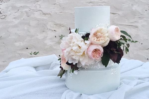 coastal wedding cake for beach wedding by Laugh Love Cakes, Brittany Mahmood Photography