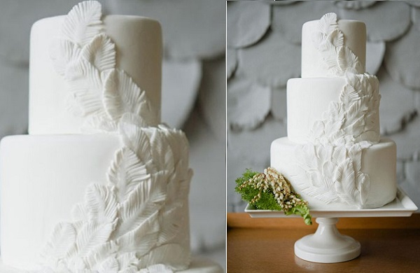 feather wedding cake for the boho bride from CupcakeCaramel, photo by Love Jessica via Ruffled