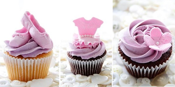 ballet shoe cupcake and ballet tutu cupcake by Bella Cupcakes