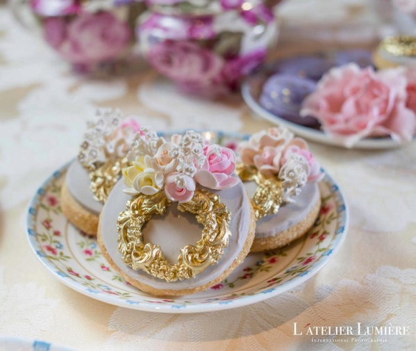 Antique inspired wedding cookies by Fine Cakes by Zehra, L'Atelier Lumiere Photography