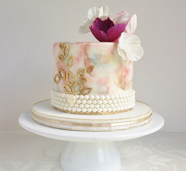 Watercolor cake with gold details and pearls by The Cake Whisperer