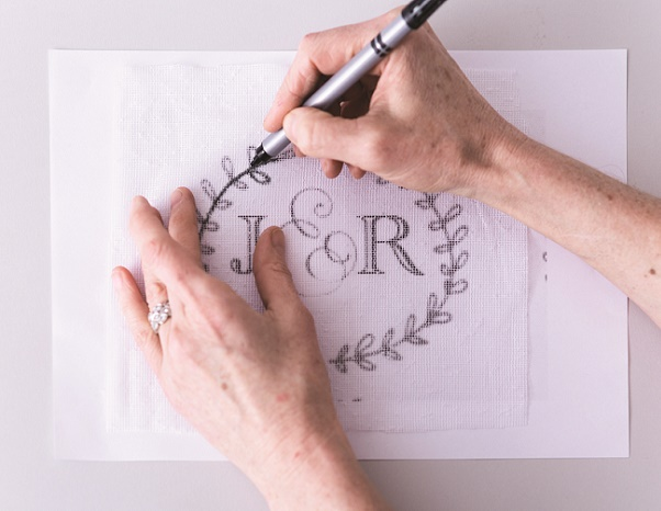 Cake calligraphy tutorial by Faye Cahill from The Gilded Cake, 1