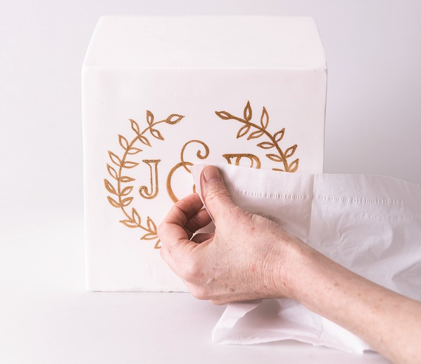Cake calligraphy tutorial by Faye Cahill from The Gilded Cake, 7