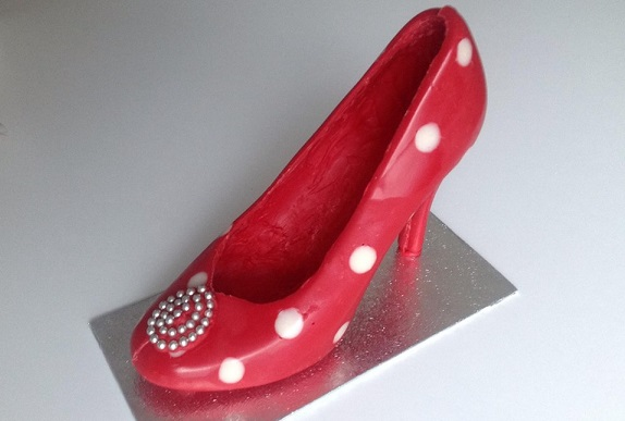 chocolate shoe stilletto high heel by The Maple Cakery