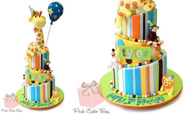 baby animals cake by The Pink Cake Box