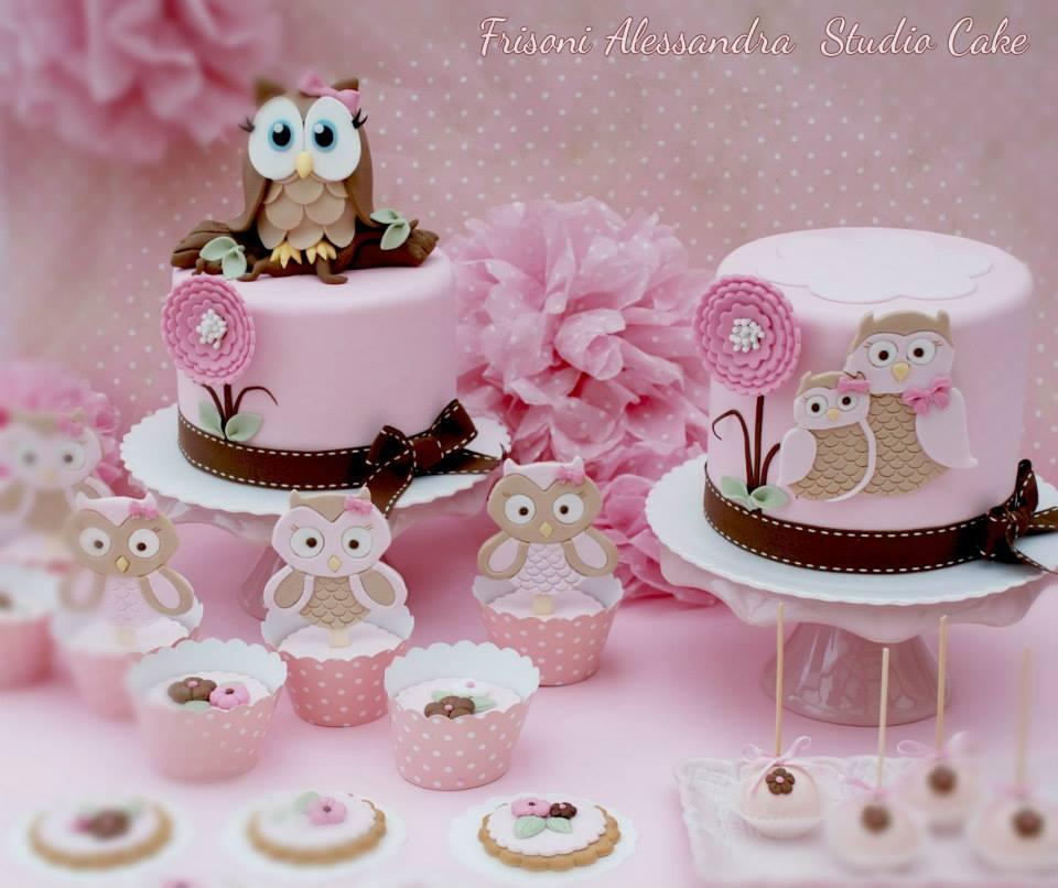 baby owl cakes by Alessandra Frisoni Cake Studio