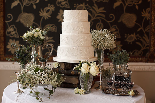 cake by Janet Mohapi-Banks, Segerius-Bruce Photography via Bridal Guide