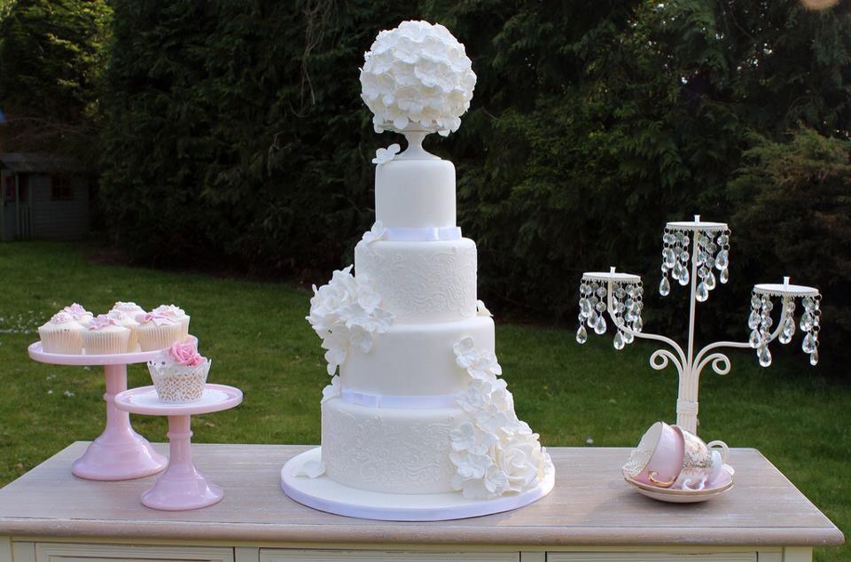 pomander and pedestal wedding cake by Sweet Tiers UK