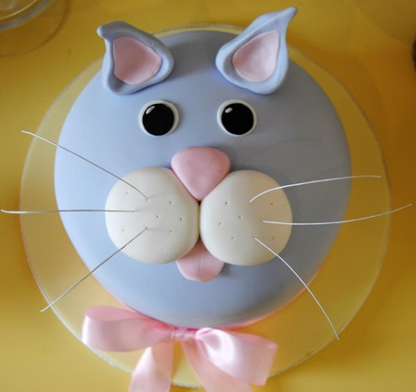 cat cake by One Sweet Girl via Little Big Co