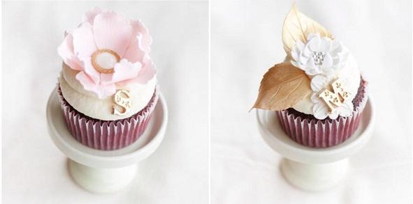 vintage locket cupcakes by La Cupella