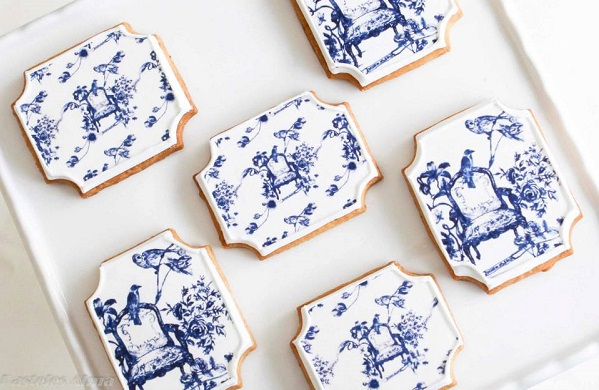 toile decorated cookies by Pasteles Alma