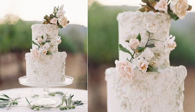 autumn wedding cake with acorns by Maggie Austin, Jose Villa Photography