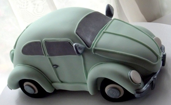 car cake tutorial VW Beetle by Pimp My Cake UK