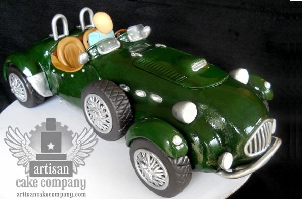 vintage car cake tutorial by Liz Marek of The Artisan Cake Co.