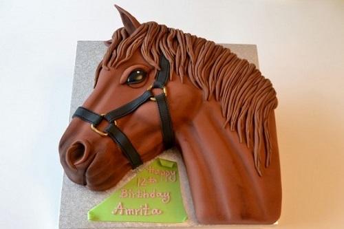 horse's head cake tutorial by Deborah Hwang Cakes