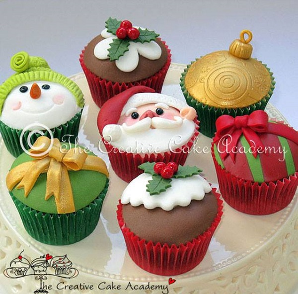 christmas cupcakes by The Creative Cake Academy