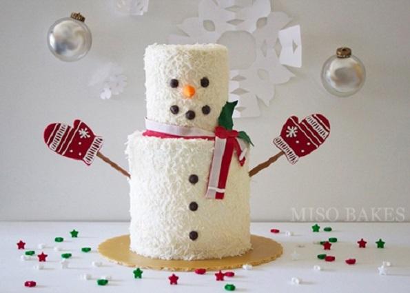 snowman cake by Miso Bakes via The Cake Blog