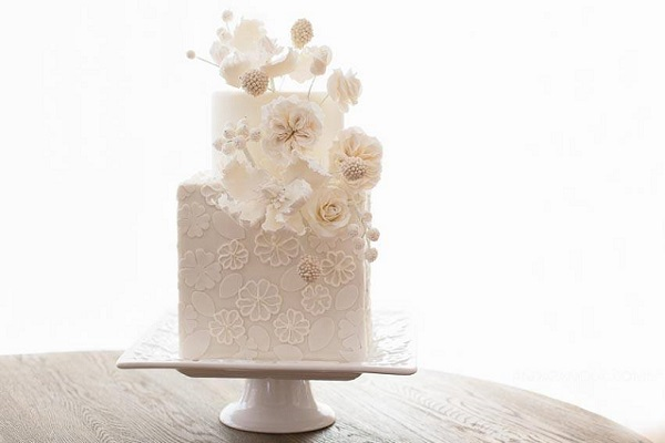 5. winter wedding cake by Sweet Temptations Custom Cakes & Desserts by Albena, CA , Anda Panciuk Photography