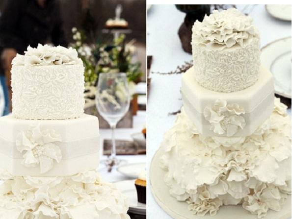 8. winter wedding cake by The Cake Whisperer, M Photography