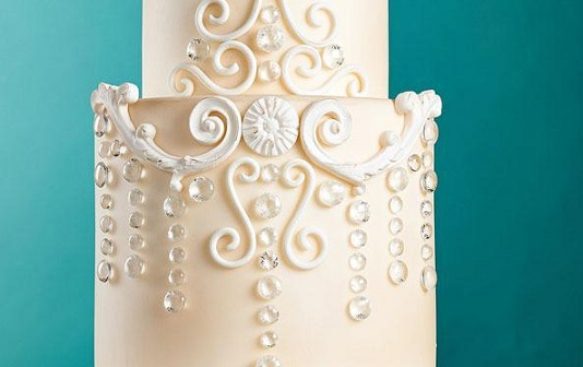 Zoe Clark chandelier cake