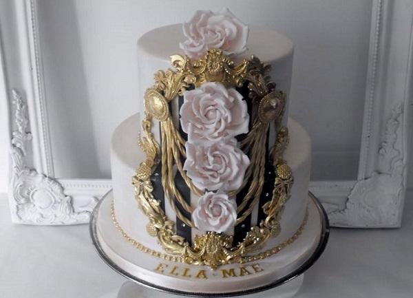 gilded gold framed cake design by Dee's Sweet Surprises