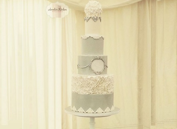 silver frame wedding cake by Amelie's Kitchen