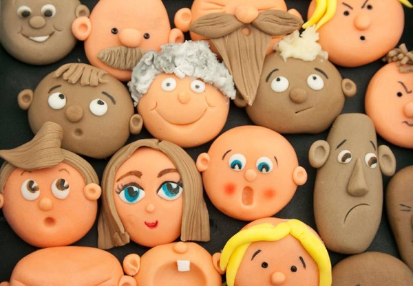 sugar model facial expressions cake toppers by Carol Deacon